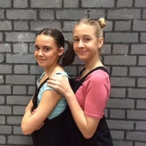 Leah & Amy